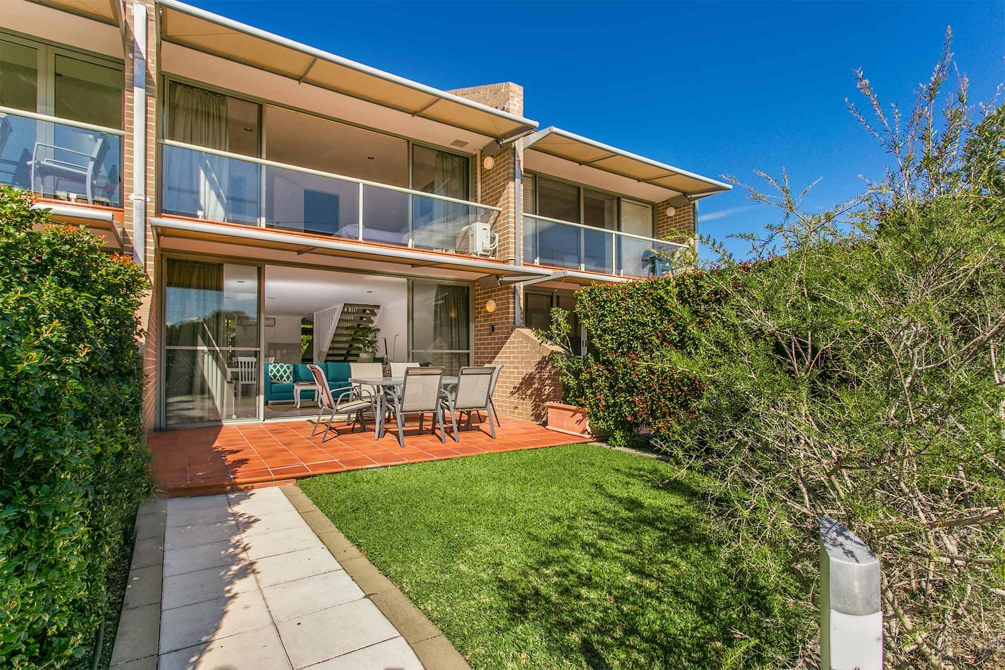 #2 James Cook Apartments | Byron Bay | Byron Bay Holiday ...
