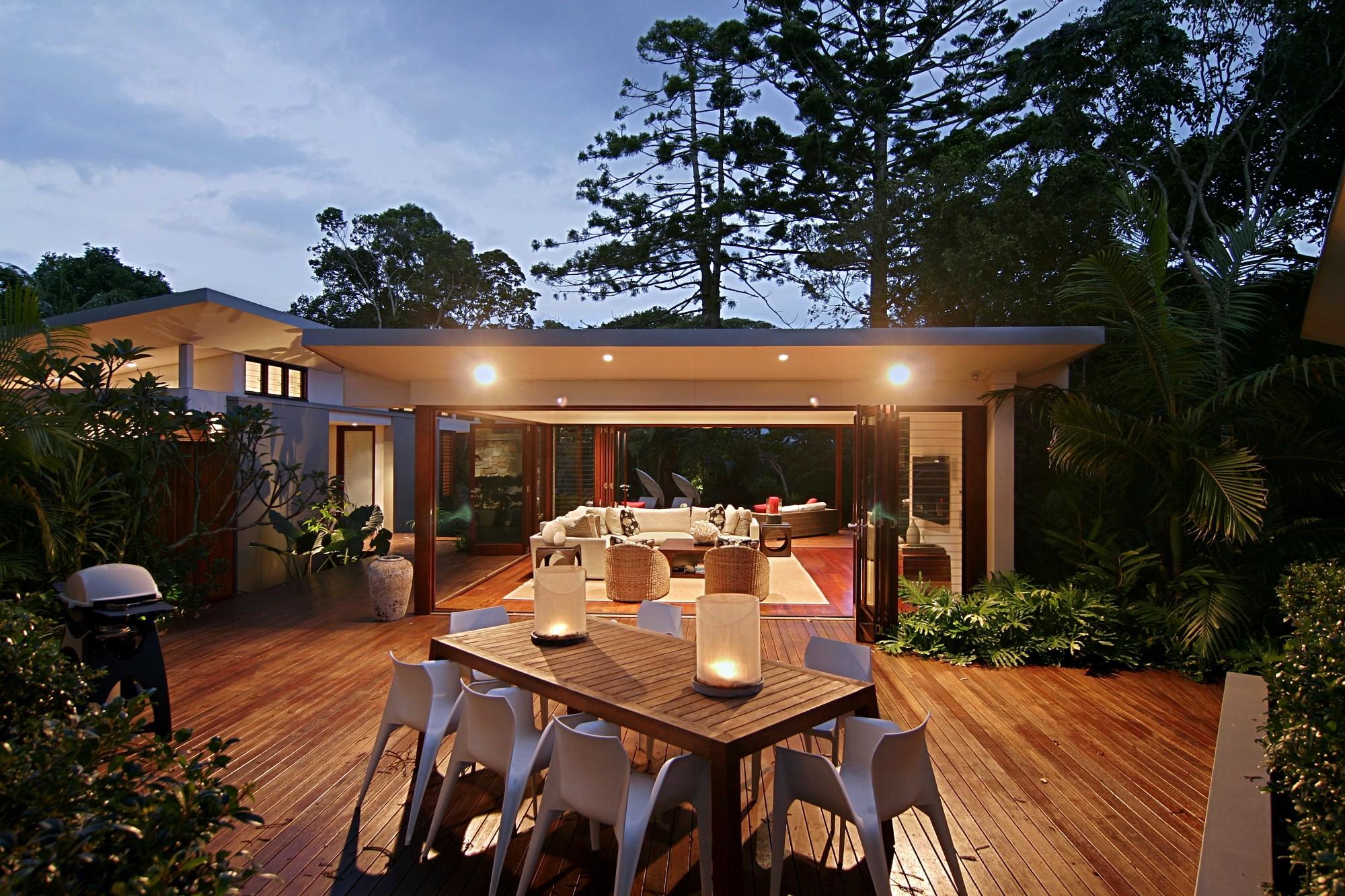 barefoot at broken byron bay byron bay holiday rentals. Black Bedroom Furniture Sets. Home Design Ideas
