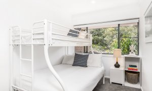 11 James Cook - Byron Bay - Bunk Room b