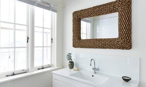 Mahalo House - Bathroom