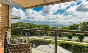 7 James Cook Apartment - Outdoor setting