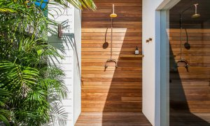 A Summer Resort - Outdoor Shower