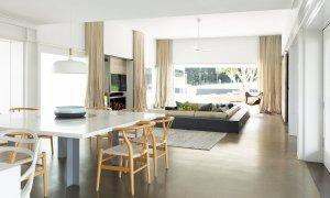 Amileka - Byron Bay Hinterland - Dining and Living Area