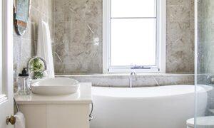 Anchored in Byron - Bathroom