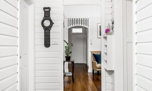 Anchored in Byron - Byron Bay - Hallway Looking Back to Front Entrance