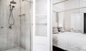 Anchored in Byron - Byron Bay - Master Ensuite Looking Into Master Bedroom