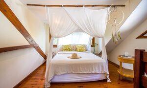 Apalie Retreat - Ewingsdale - bedroom