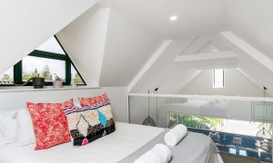 Arya - Byron Bay - Loft Bedroom b