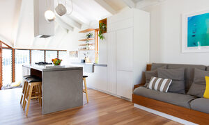 Bacchus - Byron Bay - Living room to kitchen e