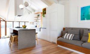 Bacchus - Byron Bay - Living room to kitchen e