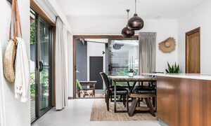 Bahari - Byron Bay - Kitchen and Dining