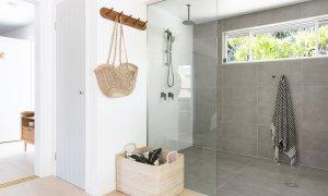 Barrel and Branch - Byron Bay - studio bathroom shower