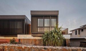 Bay Rock House - Byron Bay - Street View b