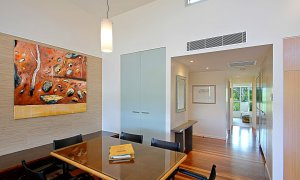 Beach Villa 17, East on Byron - Interior Details