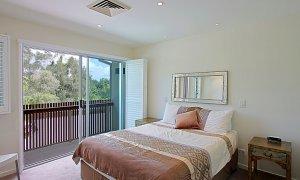 Beach Villa 17, East on Byron - Bedroom