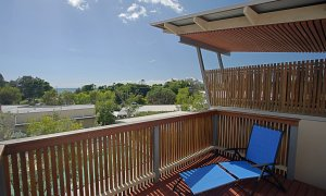 Beach Villa 17, East on Byron - Outdoor Setting
