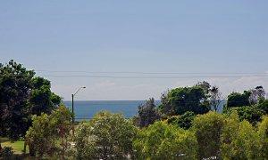 Beach Villa 17, East on Byron - View
