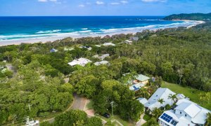 Beachwood - Byron Bay - Aerial Low Towards Broken Head b
