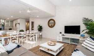 Byron Beach Style - Byron Bay - Dining and Lounge b