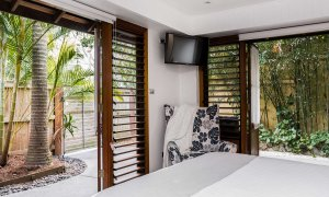 Byron Blisshouse - Byron Bay - Garden Villa - Bedroom 1 Opened