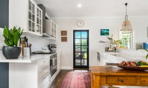 Byron Hills Hinterland Retreat - Byron Bay - Kitchen