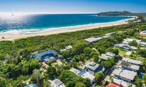 Cavvanbah Seaside Cottage - Byron Bay - Aerial towards Cape Byron c