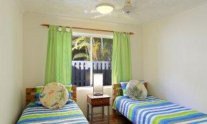 Clarkes Beach Villa - Twin Bedroom