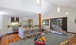 Blue Bliss - Bombora House - Kitchen & Dining