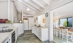 Beachwood - Kitchen