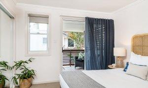 Drift - Byron Bay - Master Bedroom with Balcony
