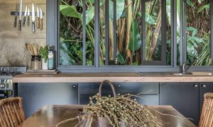 Eastern Rise Studio - Byron Bay Hinterland - Kitchen and Dining Table