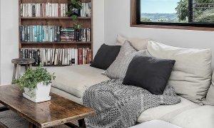 Eastern Rise Studio - Byron Bay Hinterland - Living Area