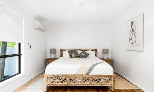 Gigis - Byron Bay - Master Bedroom a