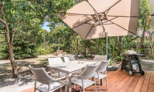 Gigis - Byron Bay - Rear Deck a