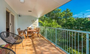 Heathers Hideaway - Byron Bay - Front Patio c