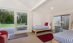 Beachwood - Twin Bedroom