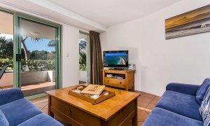 Apartment 1 Surfside - Main Beach - Byron Bay - Living Room