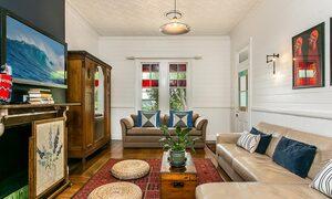 Tanderra - Living Room