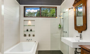 Tanderra - Bathroom