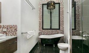 Byron Creek Homestead - Bathroom