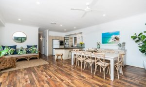 Julian Rocks House - Byron Bay - Kitchen and Dining c