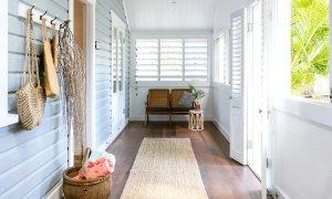 Kia Ora - Byron Bay - Entry and enclosed verandah