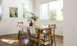 Kia Ora - Byron Bay - Dining table area