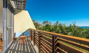 Kiah Beachside - Belongil Beach - Byron Bay - master bedroom deck area