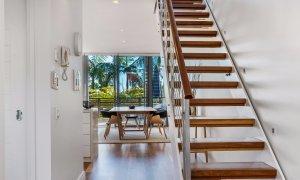 Kiah Beachside - Belongil Beach - Byron Bay - stair case