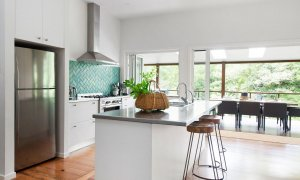 Mahalo House - Byron Bay - Kitchen Looking out to Entertaining Deck