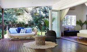 Mahalo House - Deck area