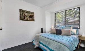 Mahogany Lodge - Byron Bay - bedroom 3 queen room