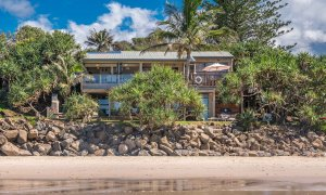 Moonstruck - Byron Bay - House from Beach