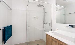 Ocean Walk - bathroom